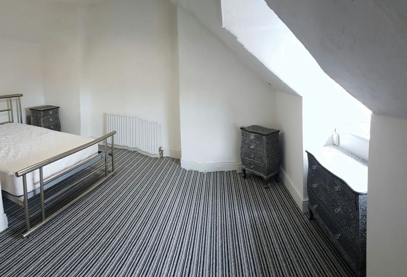 6 bed Terraced for rent in Salford. From Campus Cribs