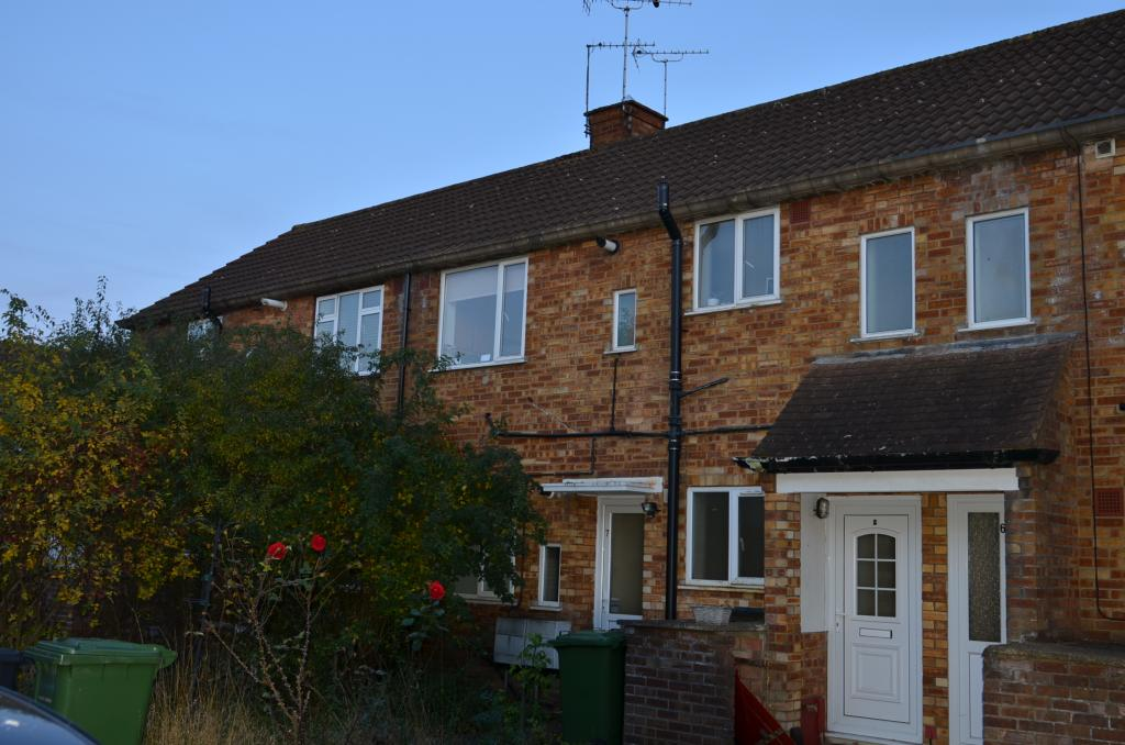 1 bed Ground floor maisonette for rent in Potters Bar. From Bentleys Lettings