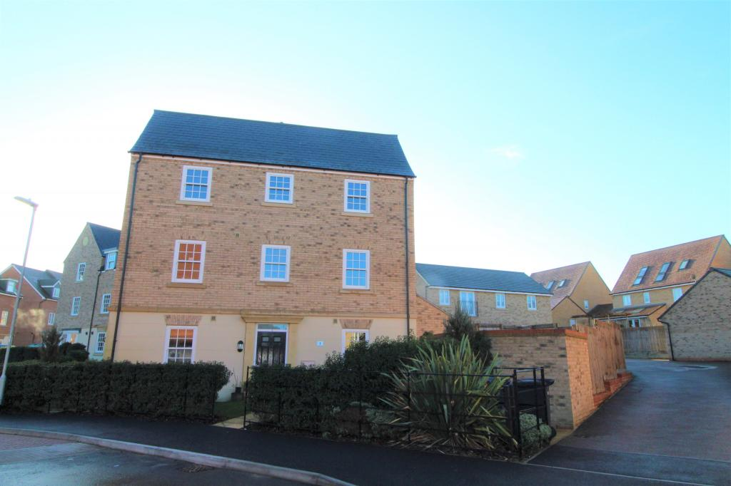 4 bed End Terraced House for rent in Cambridge. From HC Property Lettings