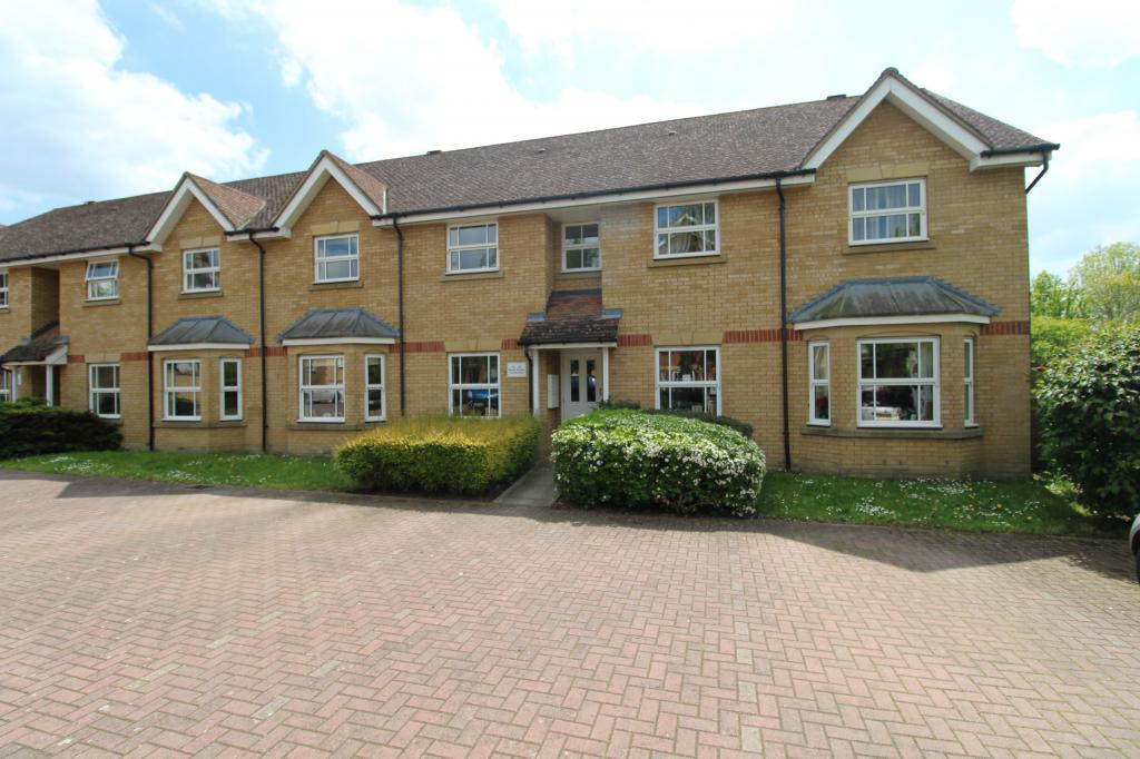 2 bed 1st Floor Flat for rent in Great Cambourne. From HC Property Lettings