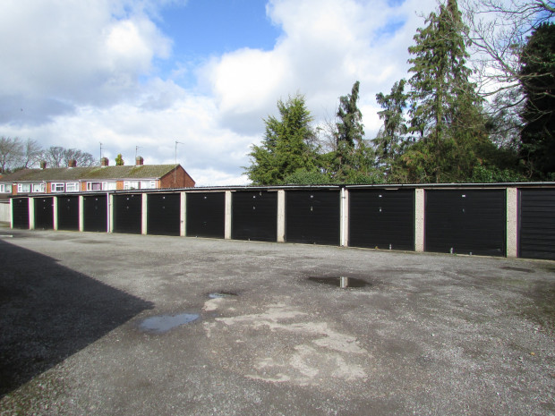 0 bed Garage for rent in Luton. From Ultimate Connexions