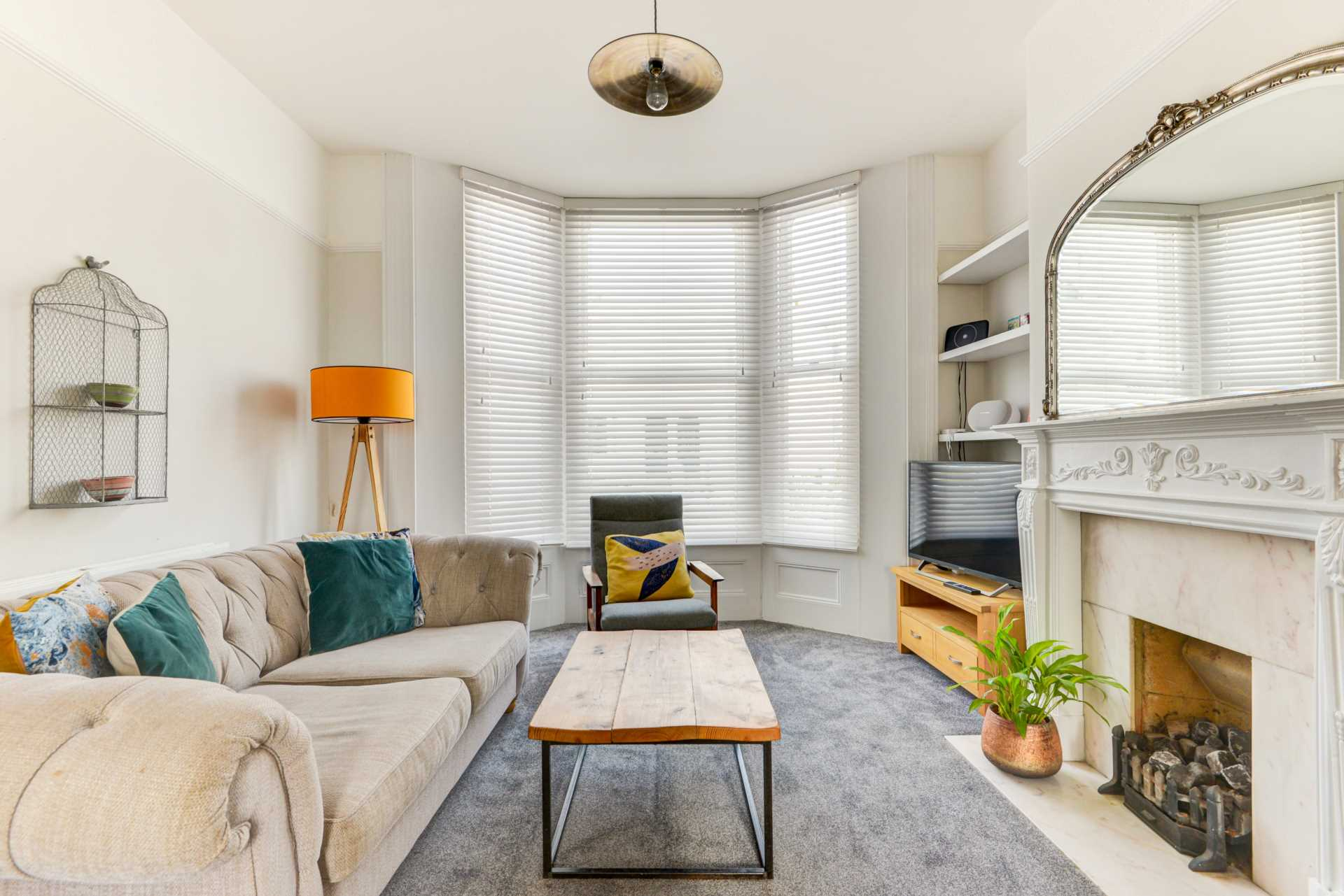 2 bed Maisonette for rent in Hove. From Westbeach Properties Ltd