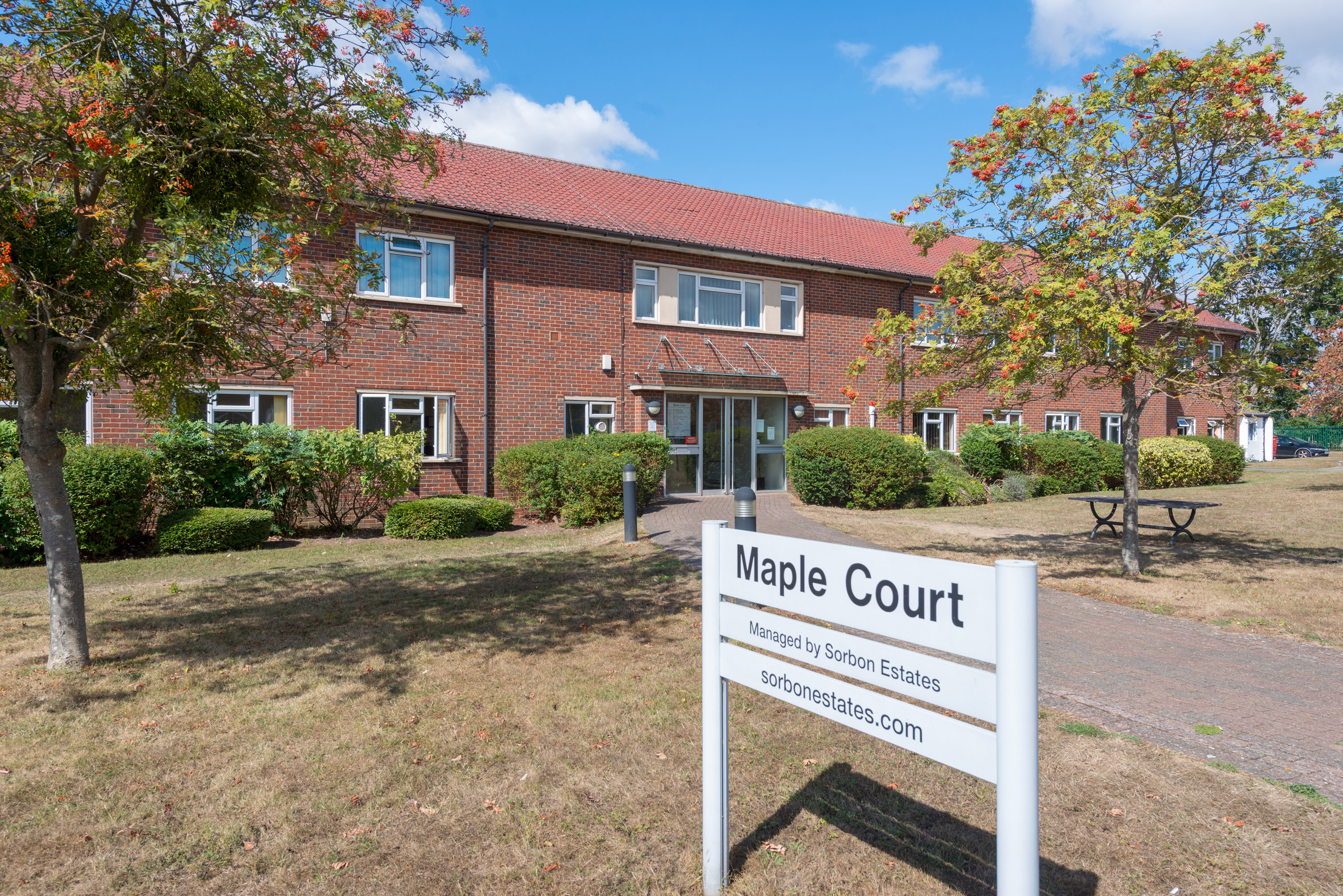 ( Office ) - Business Park for rent in Maidenhead. From Kempton Carr Croft Maidenhead
